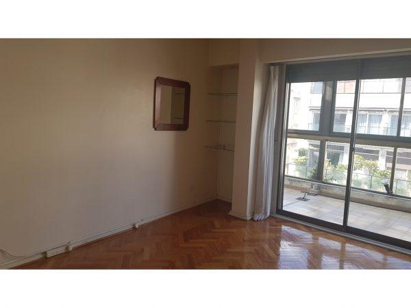 ALQUILER - Excelente piso ALTO - BALCÓN - TERRAZA - PARRILLA - Recoleta - Capital Federal -